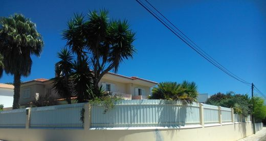 Excellent 4 Bedroom Villa with pool in Birre- CASCAIS