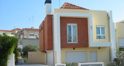 House 4 Bedrooms Amoreira - Cascais
